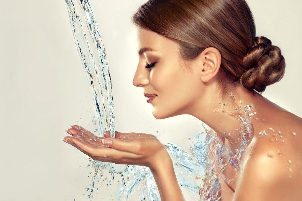 priorize-sono-beleza-cinco-dicas-ajudar-aumentar-hidrataçao-pele